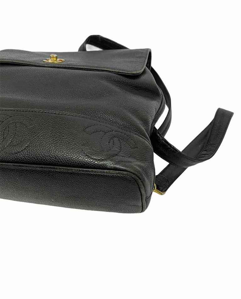 Chanel Black Leather Vintage Backpack  In Good Condition For Sale In Torre Del Greco, IT