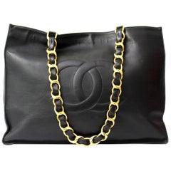 Chanel Black Leather Vintage Shoulder Bag