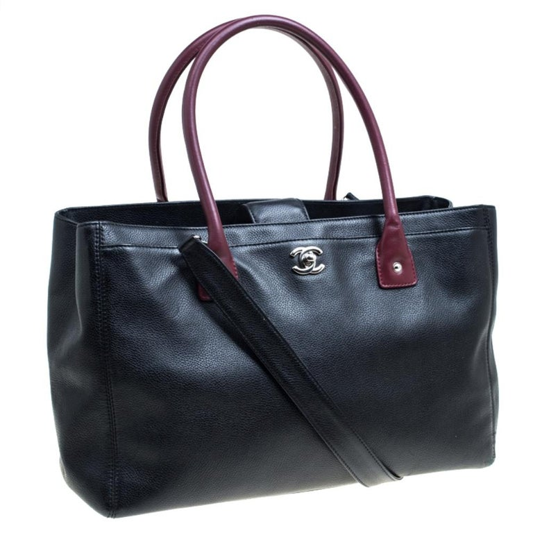 Women's Chanel Black/Maroon Leather Top Handle Bag For Sale