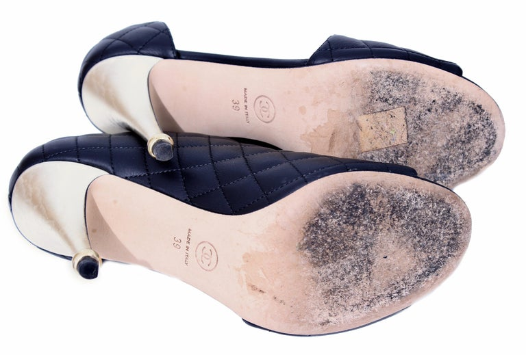 Chanel Black Matelasse Leather Open Booties Heels in Box with Dust Bags Size 39 For Sale 7