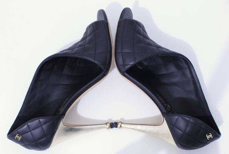Chanel Black Matelasse Leather Open Booties Heels in Box with Dust Bags Size 39 For Sale 1