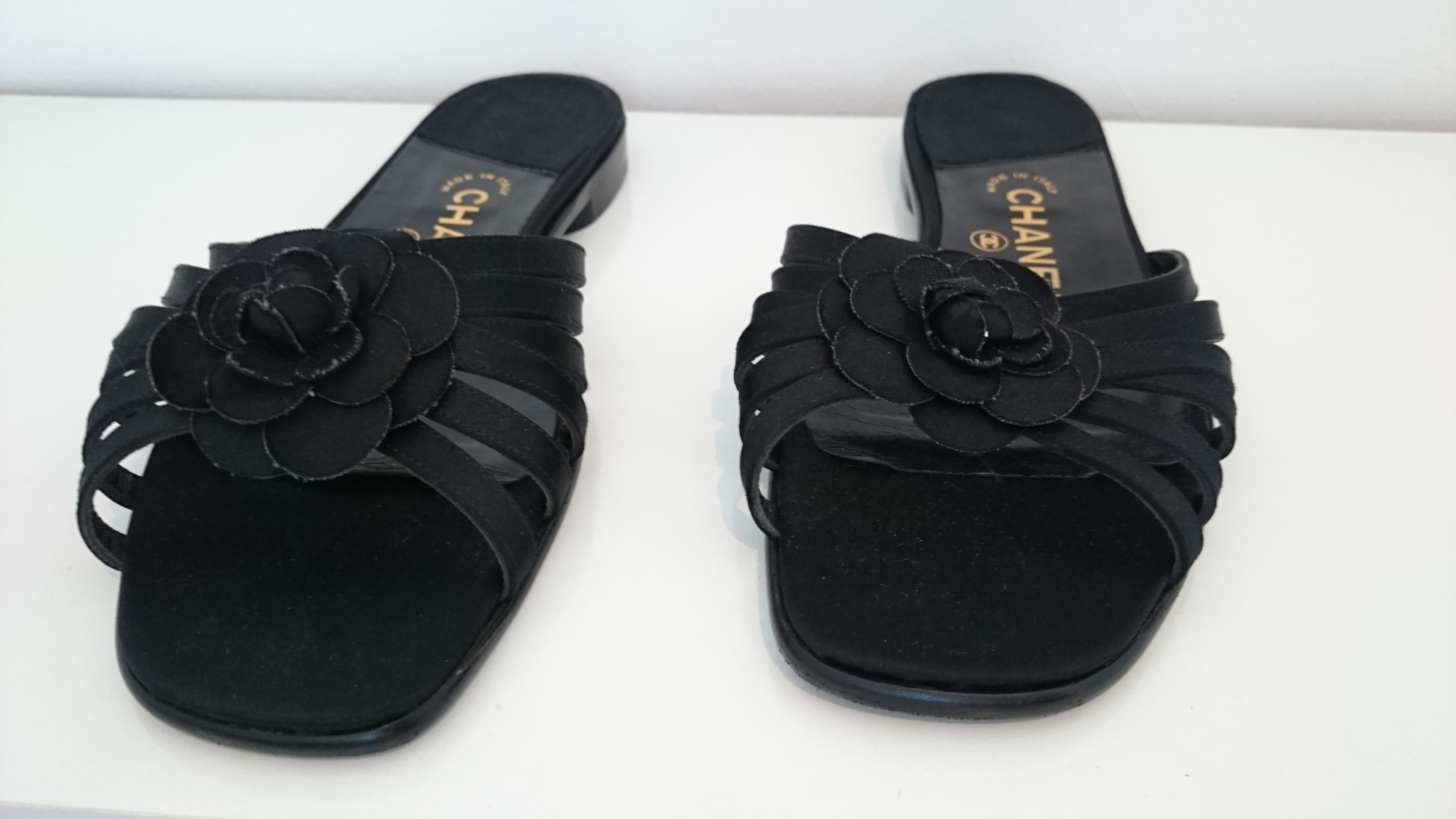 c21e21ac3465 Chanel Black Open Flowers Silk Stripes Sandals. Excellent conditions. Size  41 For Sale at 1stdibs