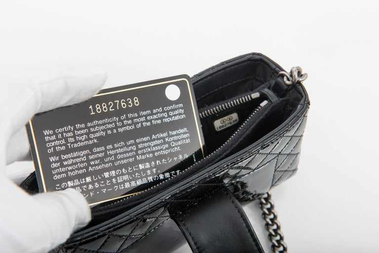 Women's Chanel Black Patent Boy Reverso Mini Pochette Crossbody Bag For Sale