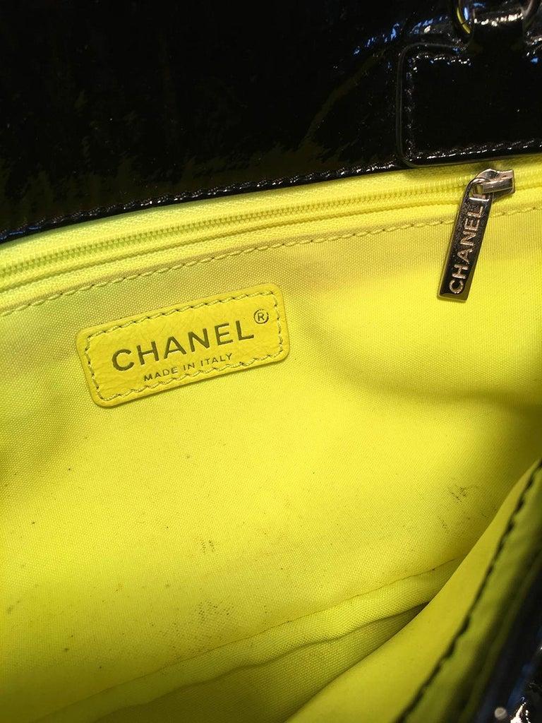 Chanel Black Patent Leather 2 way Classic Flap Shoulder Bag  For Sale 4