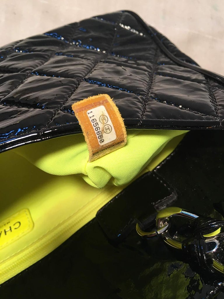 Chanel Black Patent Leather 2 way Classic Flap Shoulder Bag  For Sale 5