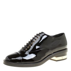 Chanel Black Patent Leather CC Lace Up Oxfords Size 35