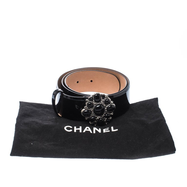 Chanel Black Patent Leather Embellished Buckle Belt 80cm For Sale 7