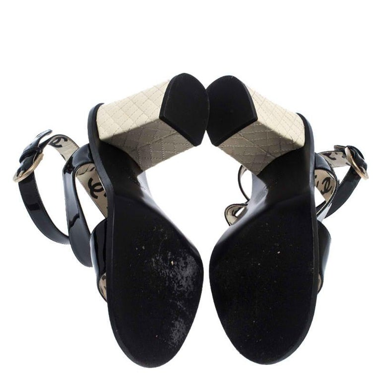 Women's Chanel Black Patent Leather Quilted CC Ankle Strap Sandals Size 39 For Sale