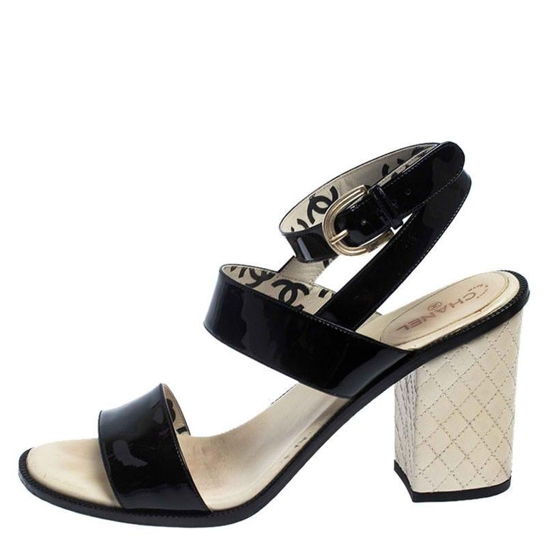Chanel Black Patent Leather Quilted CC Ankle Strap Sandals Size 39 For Sale 1