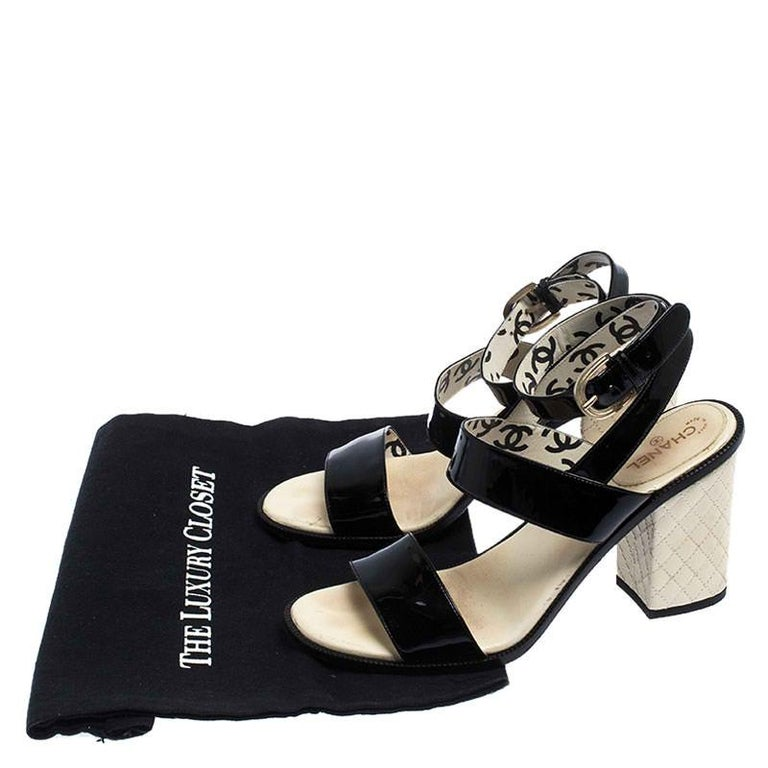 Chanel Black Patent Leather Quilted CC Ankle Strap Sandals Size 39 For Sale 4
