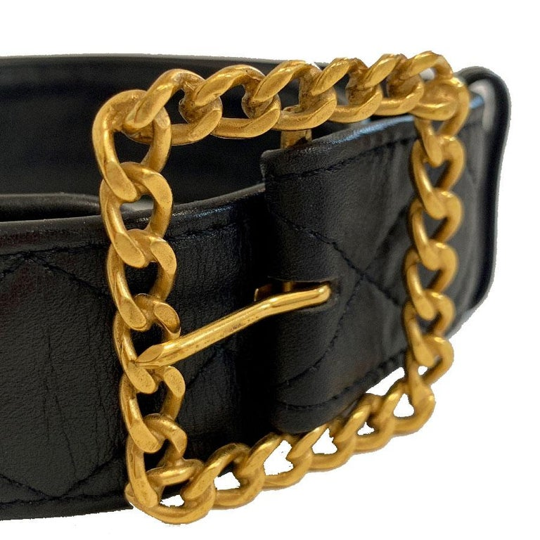 CHANEL Black Quilted Belt In Good Condition In Paris, FR