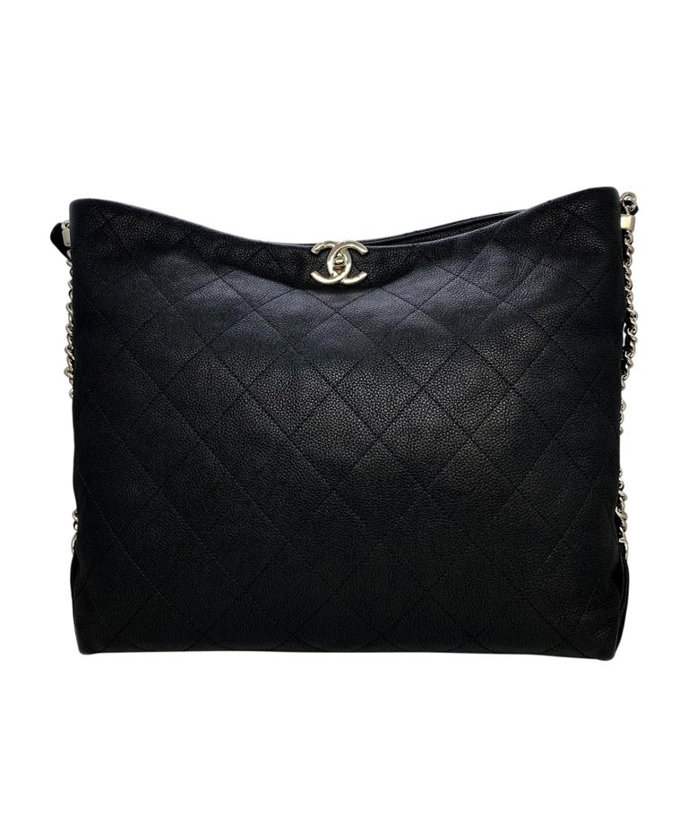 Chanel Black Quilted Caviar Leather Braided Handle Medium Hobo Bag In Excellent Condition In Banner Elk, NC