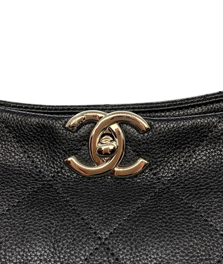 Chanel Black Quilted Caviar Leather Braided Handle Medium Hobo Bag 4