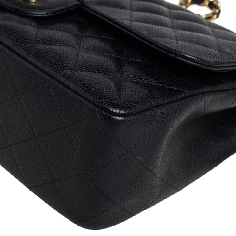 Chanel Black Quilted Caviar Leather Jumbo Classic Double Flap Bag For Sale 3