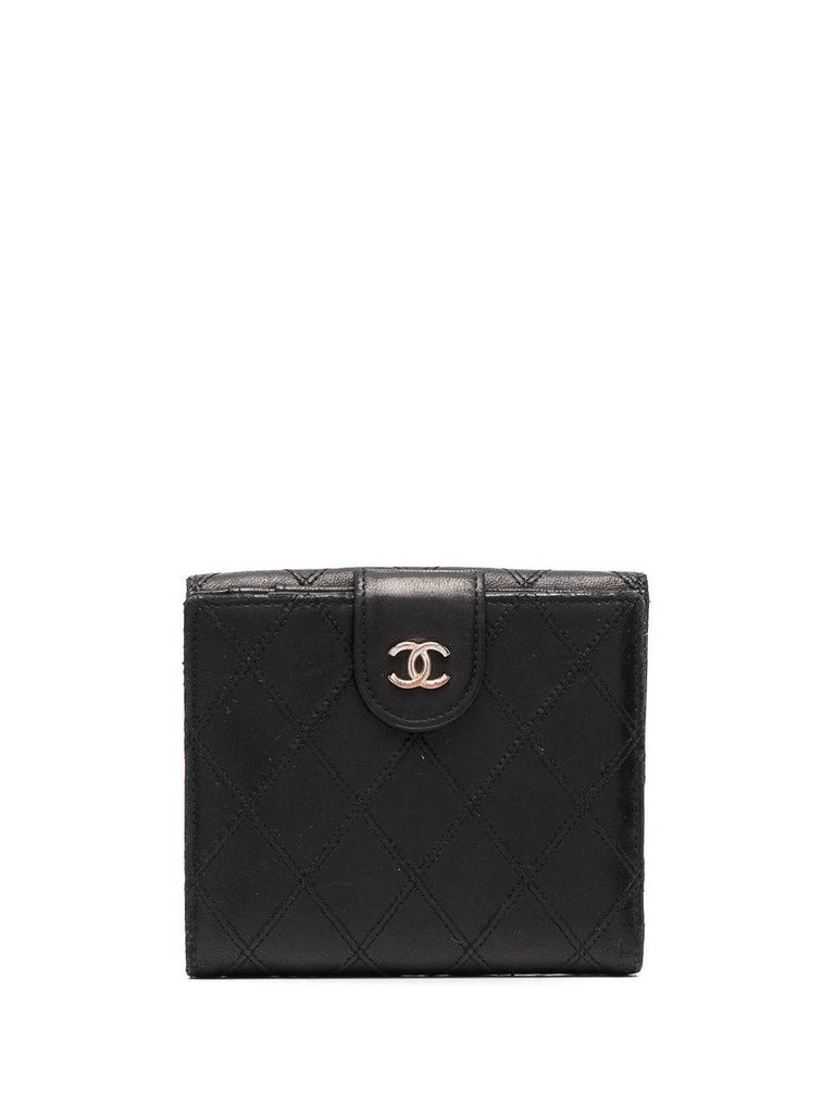 Chanel Black Quilted Lamb Wallet In Good Condition For Sale In Paris, FR