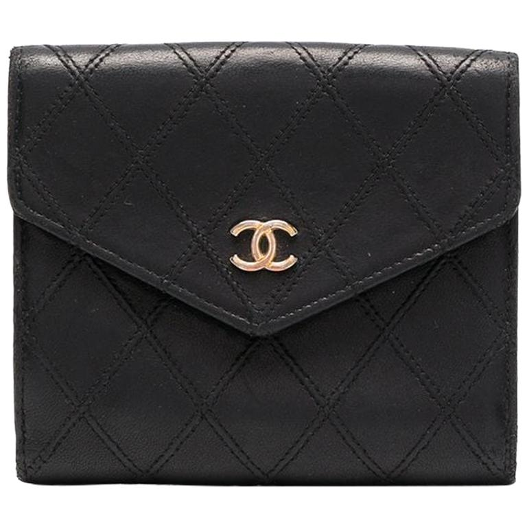 Chanel Black Quilted Lamb Wallet For Sale