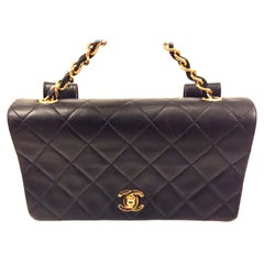 Chanel black quilted lambskin belt bag/handbag/clutch