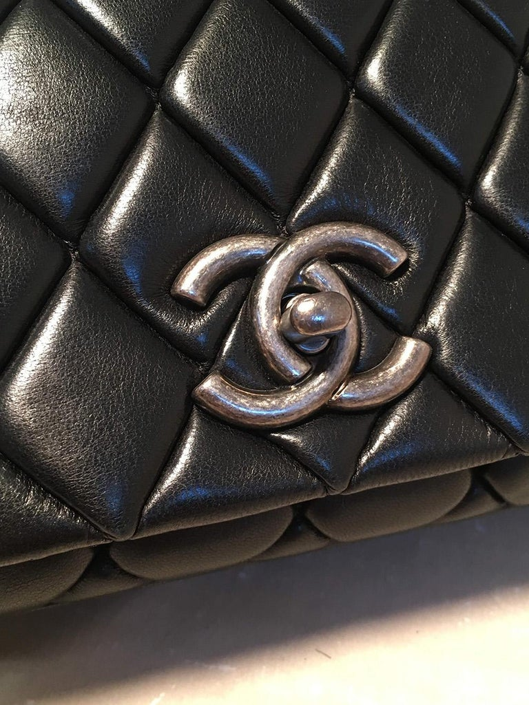 Chanel Black Quilted Lambskin Classic Flap Maxi Shoulder Bag For Sale 1
