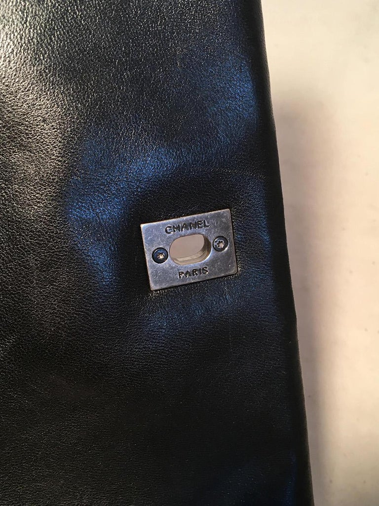 Chanel Black Quilted Lambskin Classic Flap Maxi Shoulder Bag For Sale 3