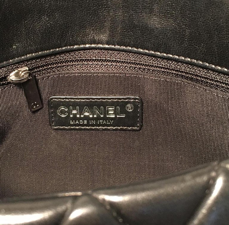 Chanel Black Quilted Lambskin Classic Flap Maxi Shoulder Bag For Sale 5