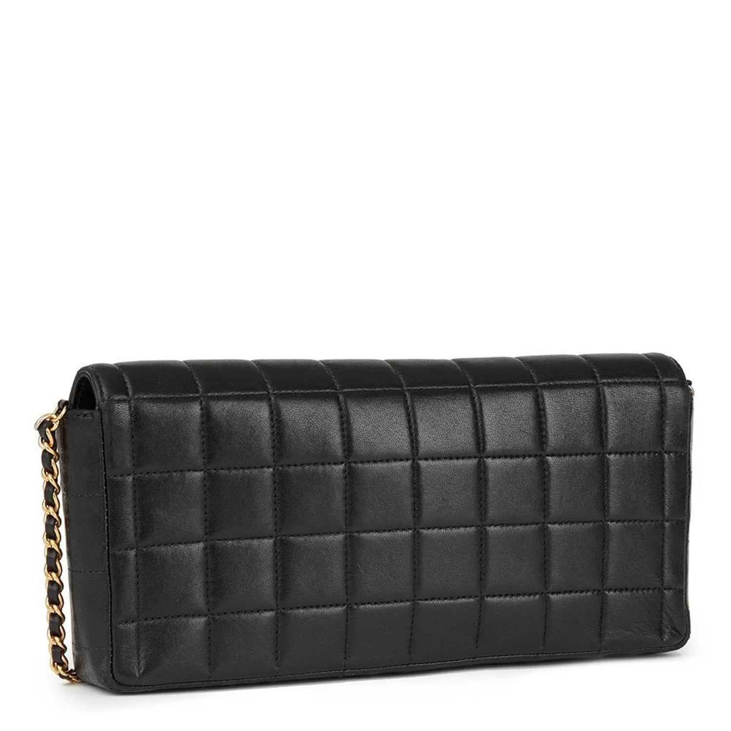 7513478c48a7 2003 Chanel Black Quilted Lambskin East West Chocolate Bar Flap Bag at  1stdibs