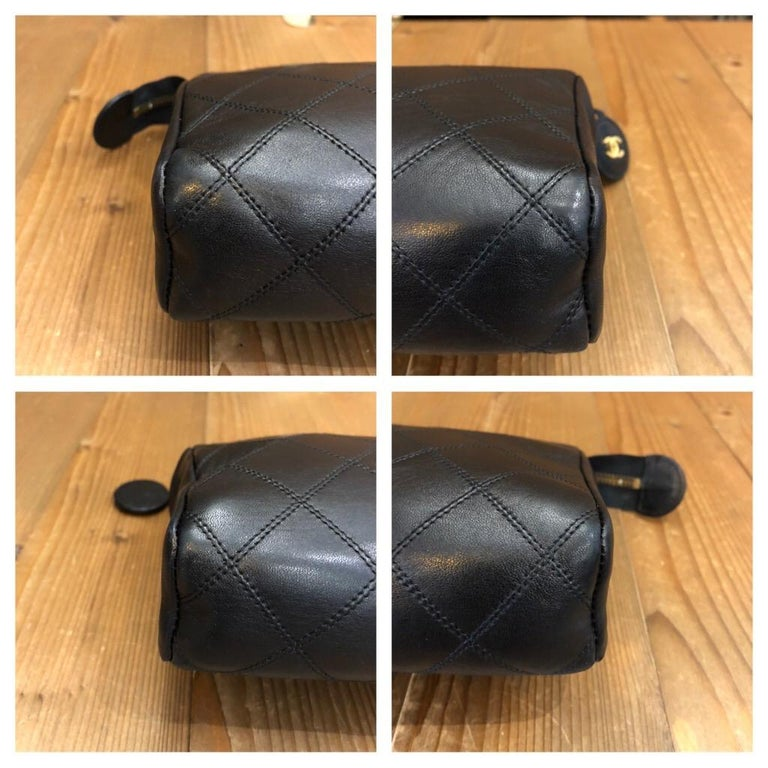 CHANEL Black Quilted Lambskin Leather Clutch Bag In Excellent Condition For Sale In Bangkok, TH
