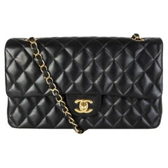 CHANEL black quilted lambskin leather TIMELESS CLASSIC FLAP MEDIUM Shoulder Bag