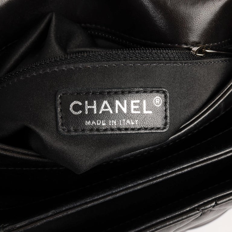 Chanel Black Quilted Lambskin Leather Triple Compartment Classic Single Flap Bag For Sale 5