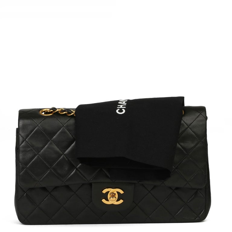 Chanel Black Quilted Lambskin Vintage Medium Classic Double Flap Bag For Sale 9