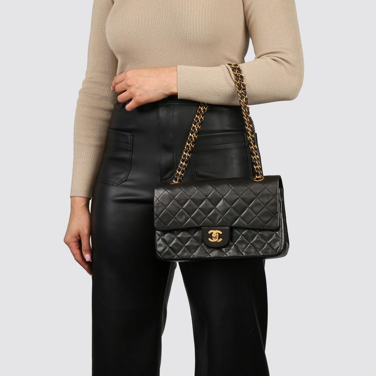 Chanel Black Quilted Lambskin Vintage Medium Classic Double Flap Bag For Sale 10