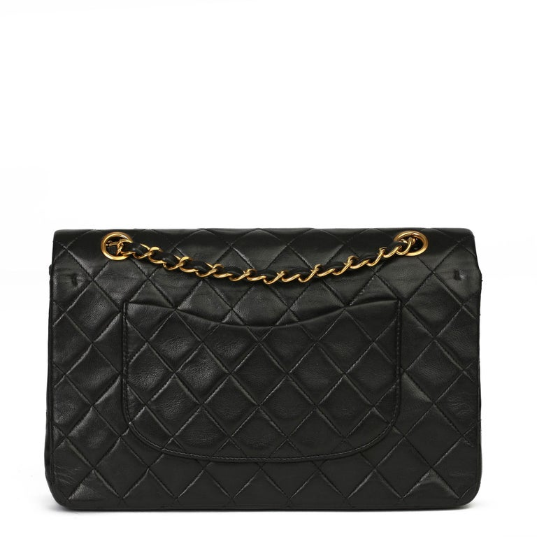 Chanel Black Quilted Lambskin Vintage Medium Classic Double Flap Bag For Sale 1