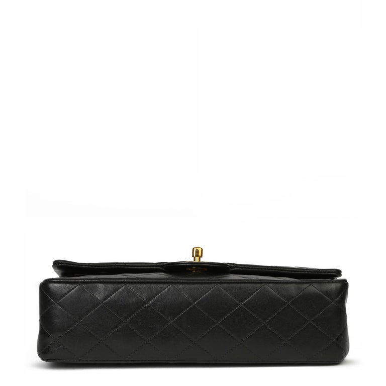 Chanel Black Quilted Lambskin Vintage Medium Classic Double Flap Bag For Sale 2