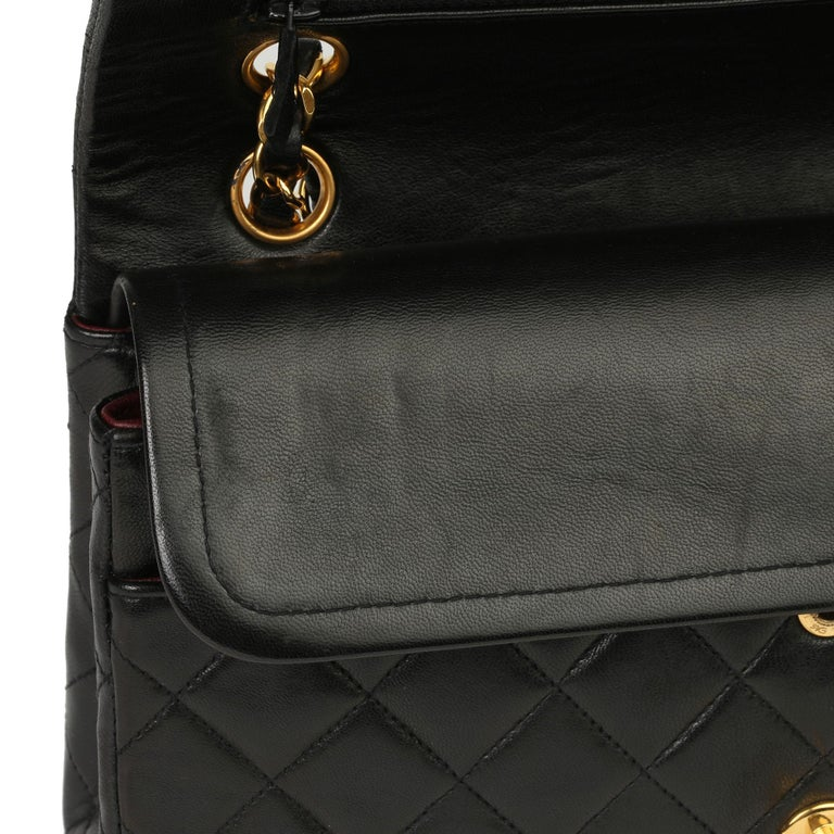 Chanel Black Quilted Lambskin Vintage Medium Classic Double Flap Bag For Sale 5