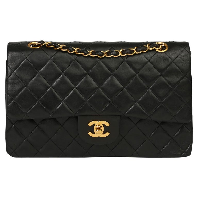 Chanel Black Quilted Lambskin Vintage Medium Classic Double Flap Bag For Sale