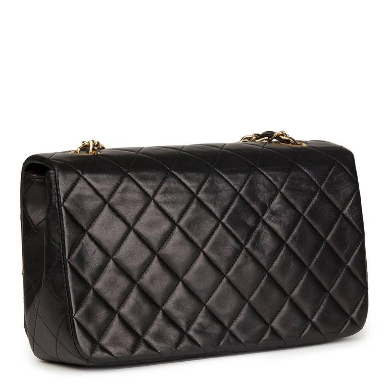 Chanel Black Quilted Lambskin Vintage Small Classic Single Full Flap Bag In Excellent Condition For Sale In Bishop's Stortford, Hertfordshire