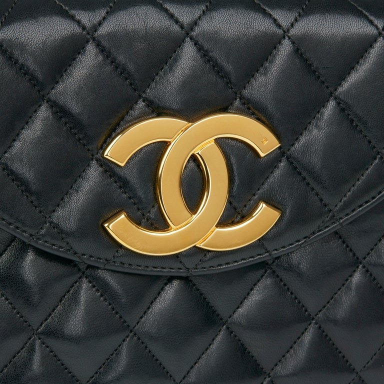 Chanel Black Quilted Lambskin Vintage XL Round Classic Single Flap Bag 3