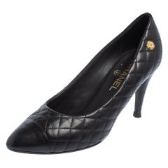Chanel Black Quilted Leather Cap Toe Pumps Size 40.5