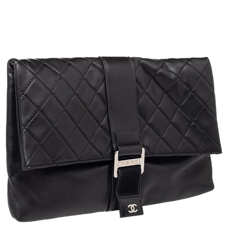 Women's Chanel Black Quilted Leather Grip Clutch For Sale