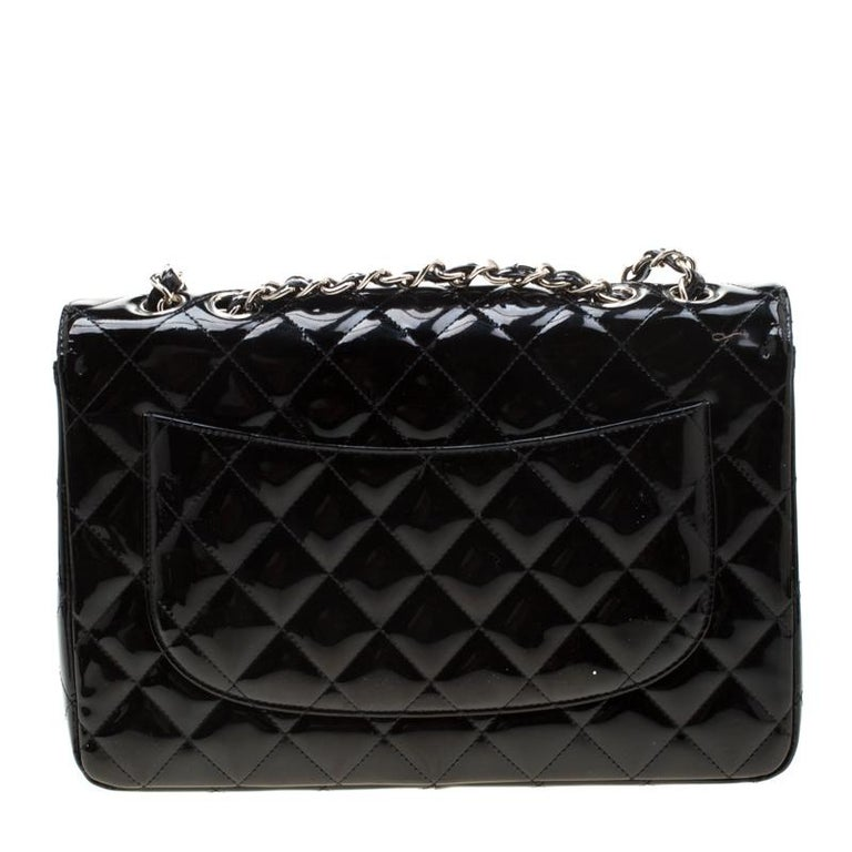 Chanel Black Quilted Patent Leather Jumbo Classic Single Flap Bag For Sale 2