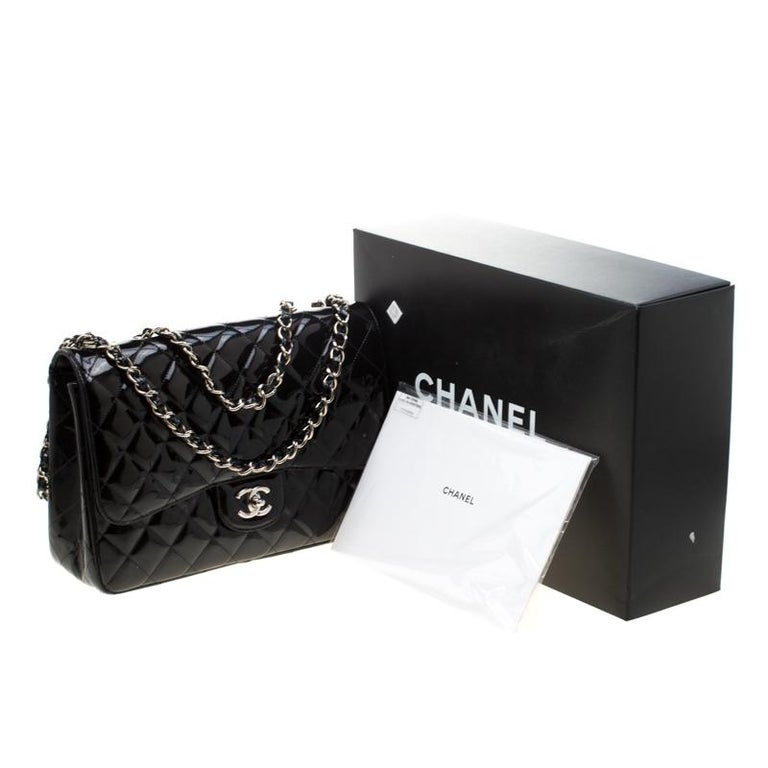 Chanel Black Quilted Patent Leather Jumbo Classic Single Flap Bag For Sale 5