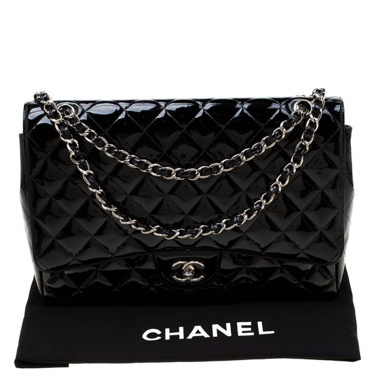 Chanel Black Quilted Patent Leather Maxi Classic Single Flap Bag For Sale 8