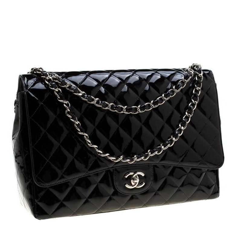 Women's Chanel Black Quilted Patent Leather Maxi Classic Single Flap Bag For Sale