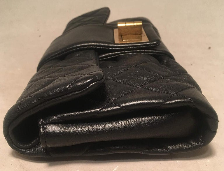 Chanel Black Quilted Sheepskin Leather 2.55 Reissue Mademoiselle Clutch In Excellent Condition For Sale In Philadelphia, PA