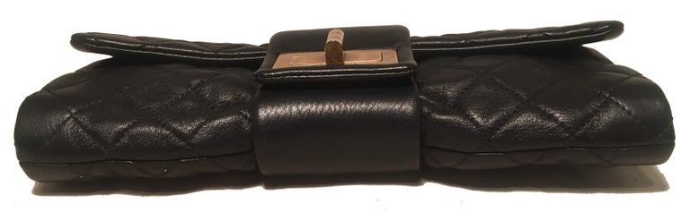 Women's Chanel Black Quilted Sheepskin Leather 2.55 Reissue Mademoiselle Clutch For Sale