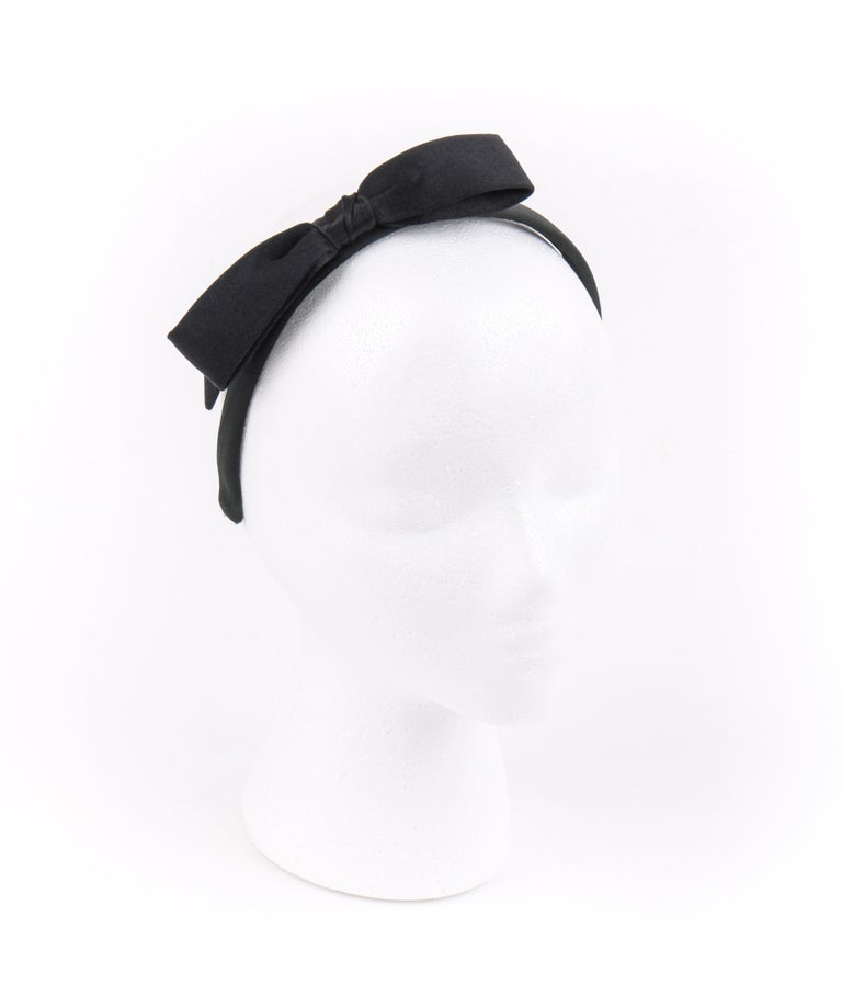 CHANEL Black Satin Silk Narrow Classic Bow Covered Structured Headband Headpiece In Good Condition For Sale In Thiensville, WI