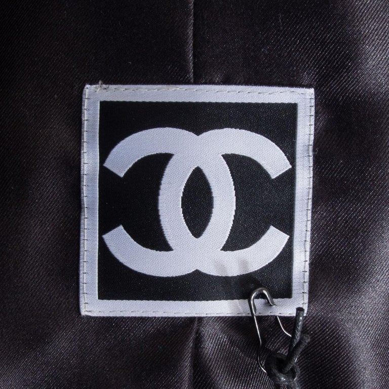 CHANEL black silk PARIS MOSCOW Puffer Down Jacket 46 XXL For Sale 2