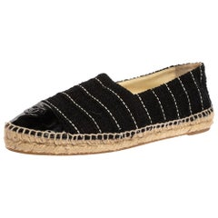 Chanel Black Tweed And Patent Leather CC Cap Toe Espadrille Flats Size 40