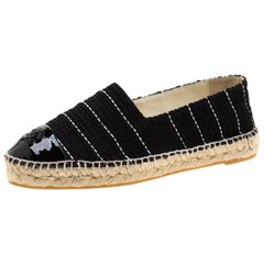 Chanel Black Tweed And Patent Leather CC Cap Toe Espadrilles Size 39