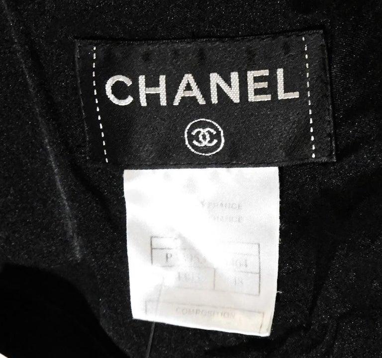 Chanel Black Tweed Chevron Design Frayed Edges Short Sleeve Dress For Sale 2
