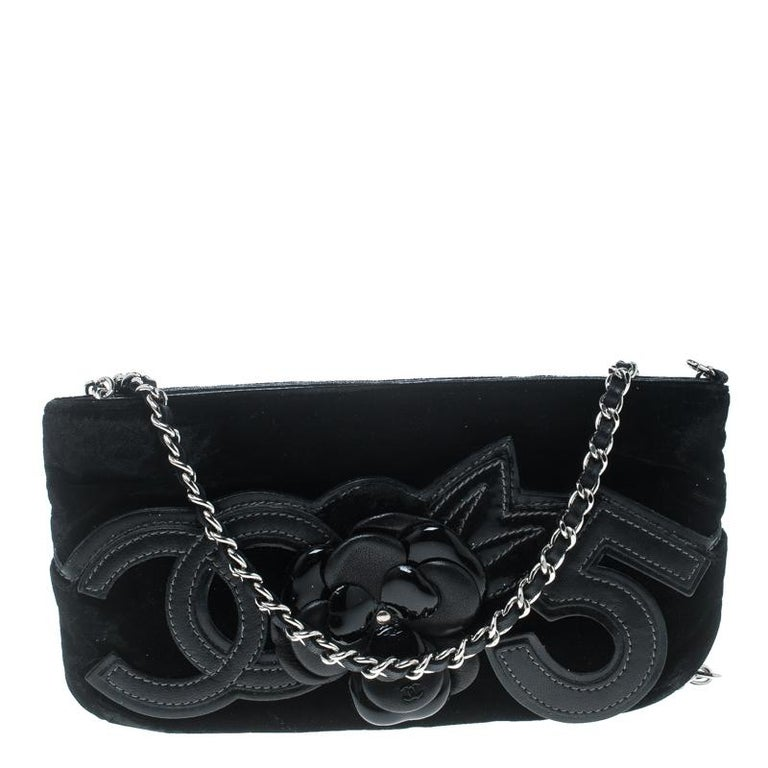 41d4ba0b34a5 Chanel Black Velvet Camellia No. 5 Pochette Shoulder Bag at 1stdibs